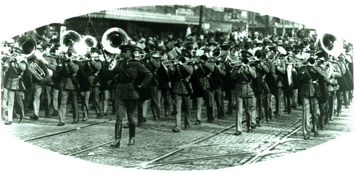Picture:  Armistice Parade, small